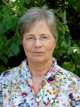 Dr. Soproni Anna